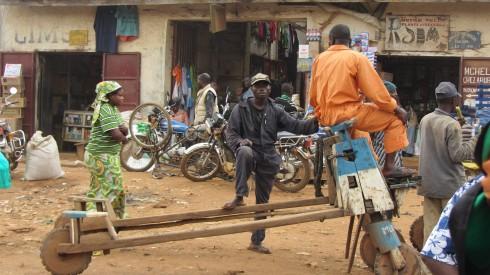 Chukudu, the wheelbarrow workhorse of Butembo
