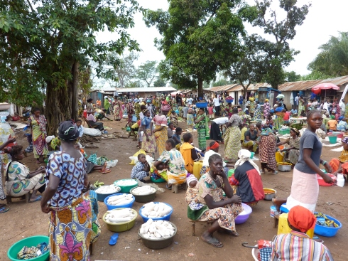 A quick stop at the market on the road back to Bunia