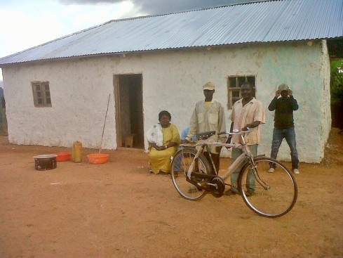 New bicycle for the Kolondo Health Centre