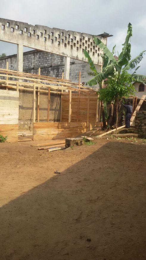 img-20160828-wa001-butembo-school-under-construction