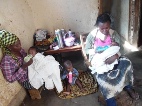feeding-babies-in-orphanage
