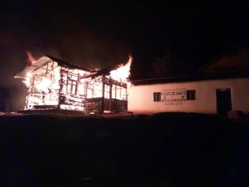 Ebola centre on fire