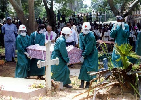 140625-ebola-funeral-7a_15a09b8965aa2f4d9ef59e079e495a72